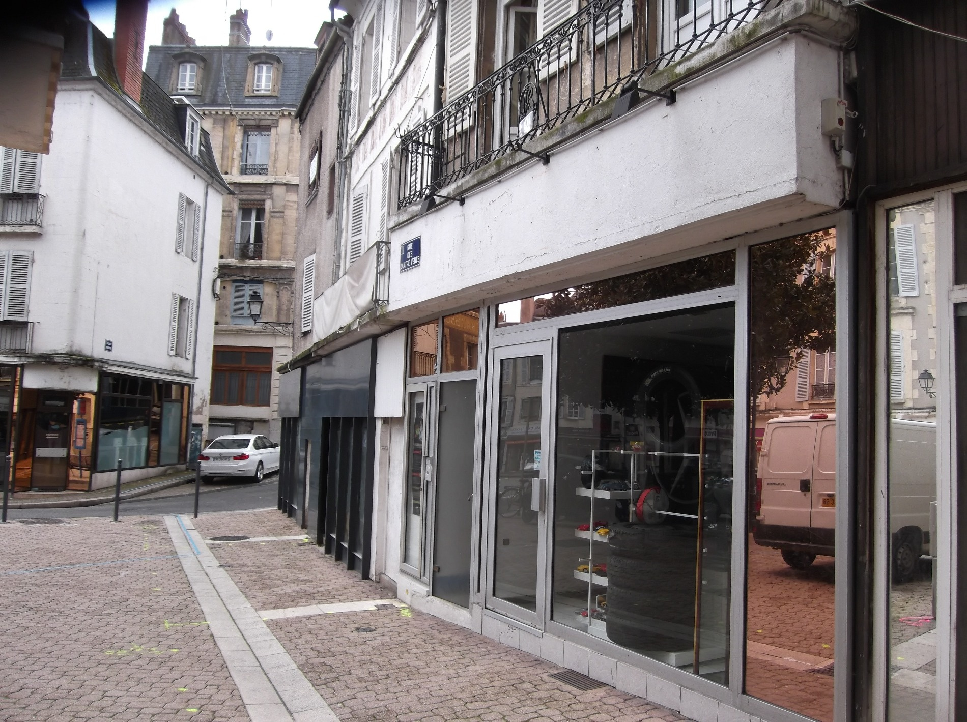 Location nevers rue pietonne location ou location vente for Vente ou location